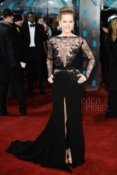 Amy Adams in Elie Saab Haute Couture...delicate chantilly lace and stunning bead work!