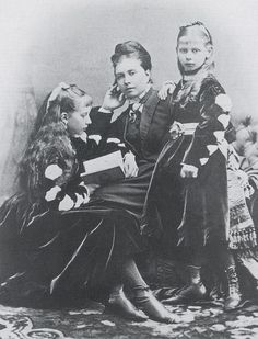 Vicky and her two older daughters Charlotte and Viktoria