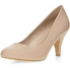 Dorothy Perkins **Wide Fit Nude Court Shoes ($28) ❤ liked on Polyvore featuring shoes, pumps, nude, low heel shoes, nude patent shoes, wide shoes, patent pumps and short heel pumps