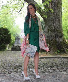 Sandra Bauknecht Emerald  http://www.sandrascloset.com/my-look-all-about-emerald-and-beauty/