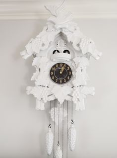 Painting cheap cuckoo clocks