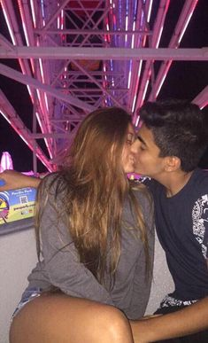 Here you will see amaizng and greatest relationship advice or marriage tips. Couple Goals Relationships, Relationship Goals Pictures, Healthy Relationships, Relationship Advice, Boyfriend Goals, Future Boyfriend, Calin Couple, Couple Goals Cuddling, Teen Couples