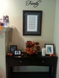 Fall family room decor - fall flowers, gourds, pumpkin