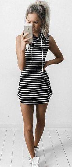 Casual summer dress - striped dress with sneakers Dress Vestidos, Mini Vestidos, Sleeveless Dresses, Dresses Dresses, Party Dresses, Formal Dresses, Dresses Online, Sleeveless Hoodie, Girls Dresses