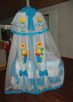 Aplicaciones para toldillos de bebé - Imagui Mosquito Net, Baby Crafts, Cot, Future Baby, Winnie The Pooh, Baby Shower, Image, Baby Art Crafts, Baby Layette