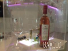 Always is time for wine and shopping. Saturday afternoon with friends. #friends #weekend #fun #wine #baacco