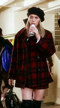 10 Outfits That Make 'Clueless- Cher A Fashion Icon Fashion 90s, Clueless Fashion, Fashion Looks, Fashion Outfits, Fashion Trends, Kawaii Fashion, Fashion Clothes, Celebrities Fashion, Outfits Clueless