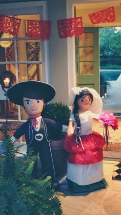 Mexican Fiesta Bride and Groom - Now these are worthy! 50th Wedding Anniversary, Wedding Day, Wedding Decor, Wedding Stuff, Fiesta Party, Party Party, Party Ideas, Mexican Party Decorations, Welcome To The Party
