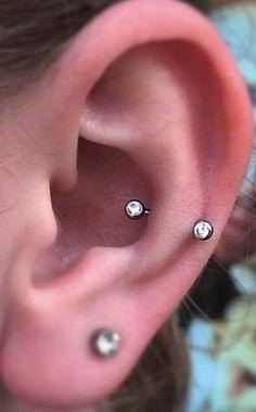Rook Piercing Jewelry, Snug Piercing, Piercing Tattoo, Double Piercing, Eyebrow Jewelry, Lip Piercing, Different Ear Piercings, Cute Piercings, Ear Peircings