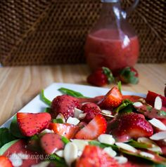 Strawberry Spinach Salad with Strawberry Vinaigrette #SundaySupper @dailydishrecipes