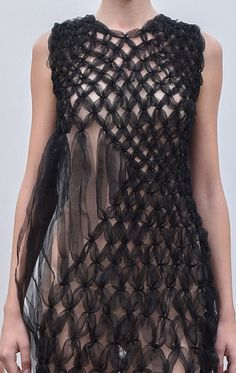 Fabric Manipulation - sheer dress with intricate structure; smocking; sewing; textiles; fashion design detail // Noir Kei Ninomiya Spring 2016 Fashion Textiles, 3d Fashion, Fashion Details, Trendy Fashion, Fashion Design, Sheer Fabrics, Textile Fabrics, Textile Art, Fabric Manipulation Techniques