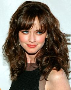Don't know if I could pull off bangs but I like this.