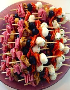 Antipasto Skewers. antipasto kabobs. appetizers on a stick. quick, cold appetizer.
