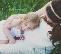 Maternity pictures, family pictures, maternity session, Jenny Esterbrook Photography