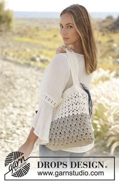 To the Beach! bag in 2 strands in lace pattern by DROPS Design Free Crochet Pattern
