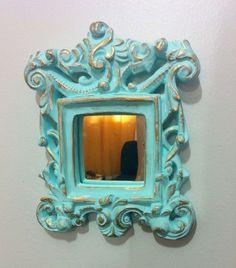Moldura Vintage em Gesso com espelho (detalhes dourados)