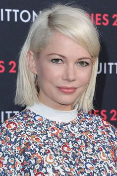 Platinum Blonde Is Always Number One Hair Color , Summer Hairstyles, Straight Hairstyles, Cool Hairstyles, Celebrity Bobs, Celebrity Hairstyles, Michelle Williams Hair, Modern Bob Haircut, Style Afro, Platinum Blonde Hair Color