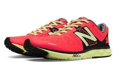 New Balance-1500v1 (Neon Coral) - Celebrities who wear, use, or own New Balance-1500v1 (Neon Coral) / Coolspotters