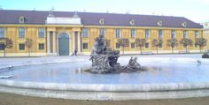 Fotografía: Nicolas Campagna Bratislava, Tour Berlin, Budapest, Mansions, House Styles, Salzburg, Medieval Town, Prague, Germany