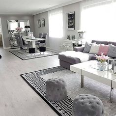 Gorgeous living room, love the pattern on the carpet as well on ig a. - Gorgeous living room, love the pattern on the carpet as well on ig a… Gorgeous living room, love the pattern on the carpet as well on ig a… Living Room Decor Cozy, Living Room Grey, Living Room Carpet, Home Living Room, Apartment Living, Decor Room, Bedroom Decor, Grey Room, Cozy Living