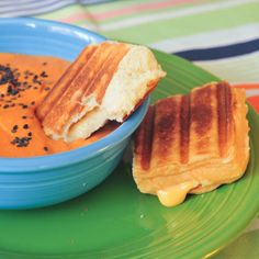 Vegan Chipotle Grilled Cheese Sliders. We're five years old all over again. Gimme.