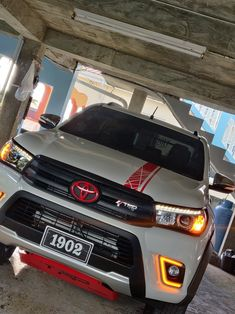 Toyota Hilux, Offroad, Book Worms, Prayer, Bmw, Vehicles, Luxury Houses, Dodge Ram Trucks, Dodge Pickup