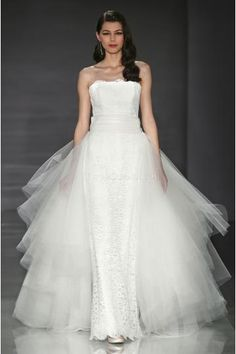 Sexy Strapless Ball Gown Unique Tulle Wedding Dresses
