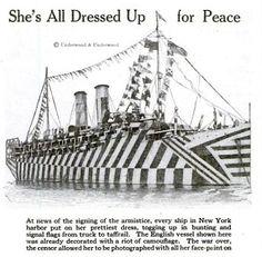 Dazzle Camouflage, New York Harbor, Navy Military, Illusion Art, Razzle Dazzle, Military Equipment, Car Painting, Submarines, Royal Navy