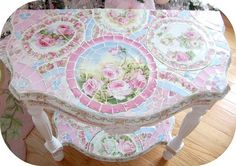 Shabby Mosaic Pretty In Blues Half Round Table-Mosaic table,Shabby chic… Shabby Chic Theme, Shabby Chic Pink, Shabby Chic Kitchen, Mosaic Diy, Mosaic Crafts, Mosaic Projects, Diy Projects, Toile Design, Mosaic Furniture