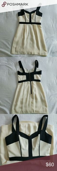 Rebecca Minkoff cream black bustier dress size 6 Good used condition. Slight pull in fabric on left rib side. Not noticeable on. Rebecca Minkoff Dresses