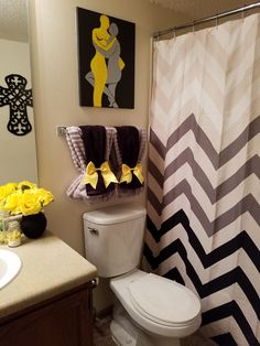 Short Article Reveals the Undeniable Facts About Bathroom Wall Ideas Modern and How It Can Affect You - 28 Bathroom Wall Decor Ideas to Increase Bathroom's Value Yellow Bathroom Decor, Christmas Bathroom Decor, Yellow Bathrooms, Bathroom Wall Decor, Bathroom Colors, Bathroom Interior, Bathroom Theme Ideas, Hang Towels In Bathroom, Small Bathroom