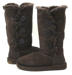 f5023d37226 UGG Australia Womens Bailey Button Triplet 1873 Shearling Brown Suede Boots  Sz 7