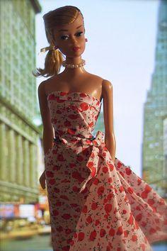 Vintage Barbie Swirl - Blonde