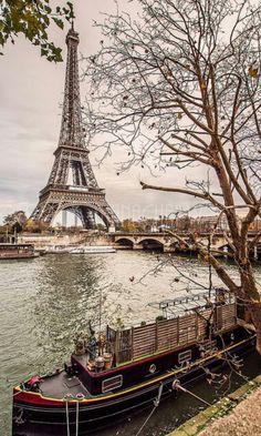 Pont d'Iena et Tour Eiffel vus du Port Debilly - Paris 16 Torre Eiffel Paris, Pont Paris, Paris Eiffel Tower, Eiffel Towers, Montmartre Paris, Paris Paris, Dream Vacations, Vacation Spots, Paris France
