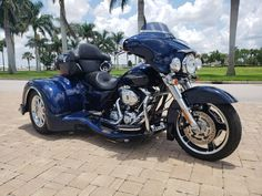 This bike appears to be Factory Maintained and tastefully upgraded. Harley Davidson Trike, Harley Davidson Touring, Trike Motorcycle, Bike, Harley Davidson Ultra Classic, Street Glide, Sidecar, Best Model, Mythology