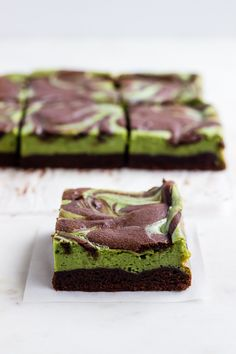 MATCHA CHEESECAKE BROWNIES | GLUTEN FREE