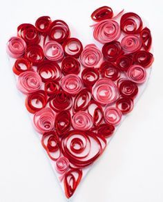 Valentýské srdíčko Toilet Paper Crafts, Birthday Presents, Diy For Kids, Quilling, Decoupage, Valentines Day, Flowers, Cards, Petra
