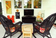 This outdoor room is awesome!  How fun would it be to do this with your porch?