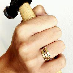 Det'nlarsens billede. Fine Jewelry, Jewellery, Minimalist Jewelry, Rings For Men, Charlotte, Jewelery, Men Rings, Jewelry Shop, Jewerly