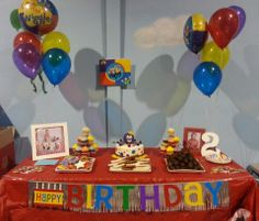 The Wiggles Birthday party. Henry the Octopus cake, Wiggles cookies. Birthday Table, 2nd Birthday Parties, 4th Birthday, Birthday Ideas, Wiggles Birthday, Wiggles Party, Wiggles Cake, The Wiggles, Dinosaur Party