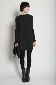 Visions of the Future: Rick Owens D RK SH D W Drape Side Tunic (Black) I'm torn on the asymmetrical things; Looks Chic, Looks Style, Style Me, Black Style, Fashion Mode, Dark Fashion, Autumn Fashion, Style Fashion, Womens Fashion