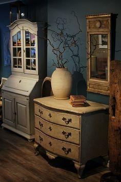 Swedish Antiques Interior, Painted Baroque Chest, Gustavian Mirror & Kitchen Secretaire.
