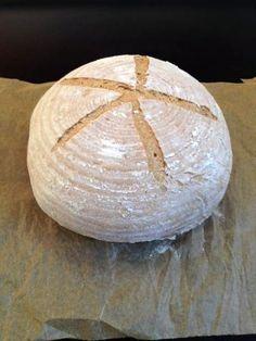 Upečte si krásny a chutný kváskový chlieb:)