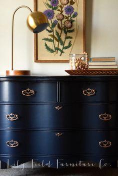 Dresser Makeover- Fusion Midnight Blue Use Rub n Buff on hardware to transform your dresser!Use Rub n Buff on hardware to transform your dresser! Refurbished Furniture, Decor, Furniture Diy, Blue Furniture, Furniture, Furniture Rehab, Redo Furniture, Home Decor, Refinishing Furniture