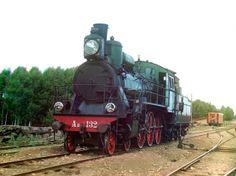 """Steam engine """"Kompaund"""" with a Schmidt super-heater"""