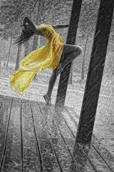 Nadie sentirá la magia de la lluvia por ti,,,,,