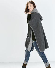 Image 4 de CAPE AVEC CAPUCHE ET LISERÉS de Zara