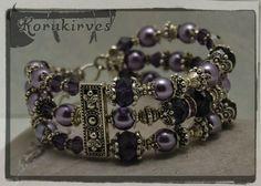Kolmirivinen violetti rannekoru by Korukirves on Etsy