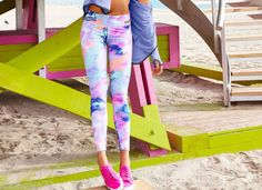 Victoria-Secret-PINK-Pastel-Marble-Ultimate-Skinny-Yoga-Legging-M-NWT-SOLD-OUT