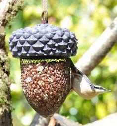 Peanut feeder